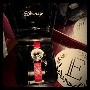 NWT DISNEY RED MICKEY MOUSE WORKING WATCH W/ CHARM